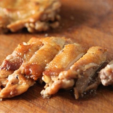 Bonchon hướng dẫn làm món cơm gà chiên giòn chuẩn Hàn Quốc